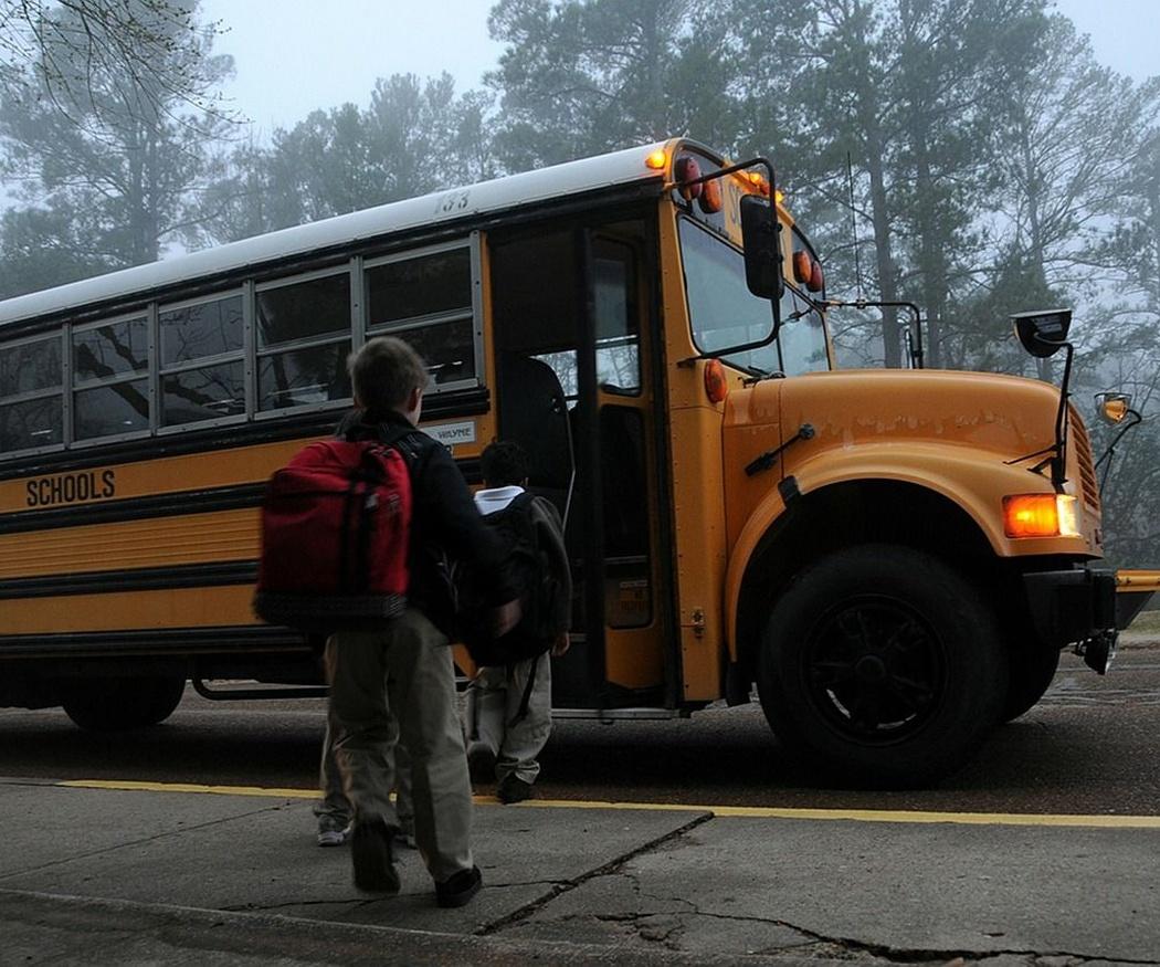 Consejos para que los niños viajen en autobús