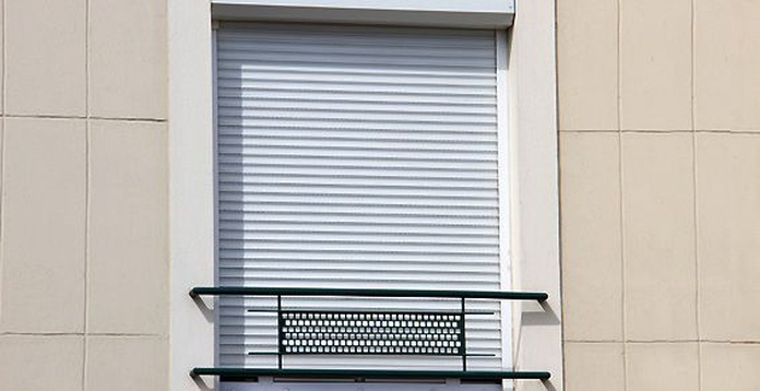 Ventanas con persiana monoblock: Carpintería Aluminio Zaragoza de Aluminios Hecmer