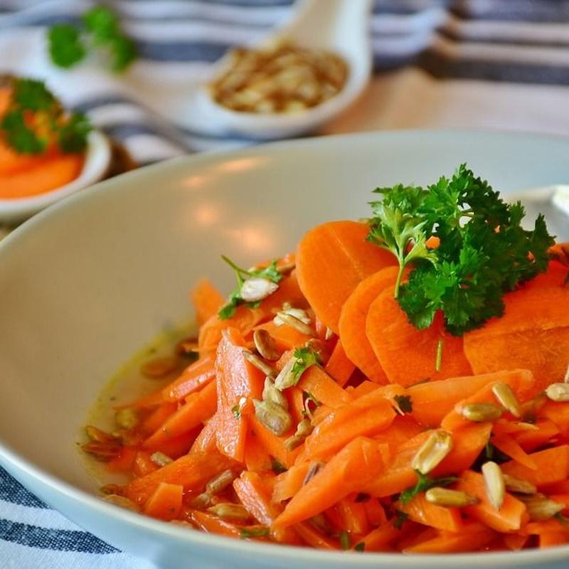 Zanahorias aliñadas 300g: Nuestros productos  de Precocinados Mi Tierra