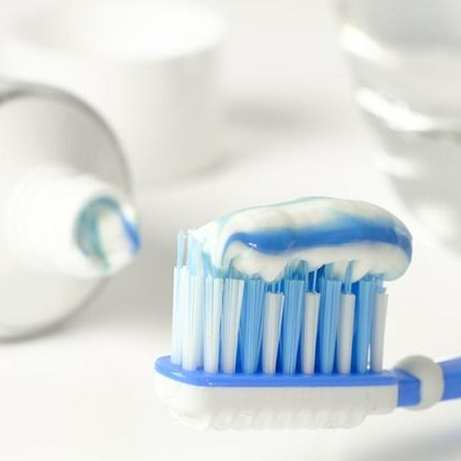 Componentes que puedes encontrar en tu pasta de dientes