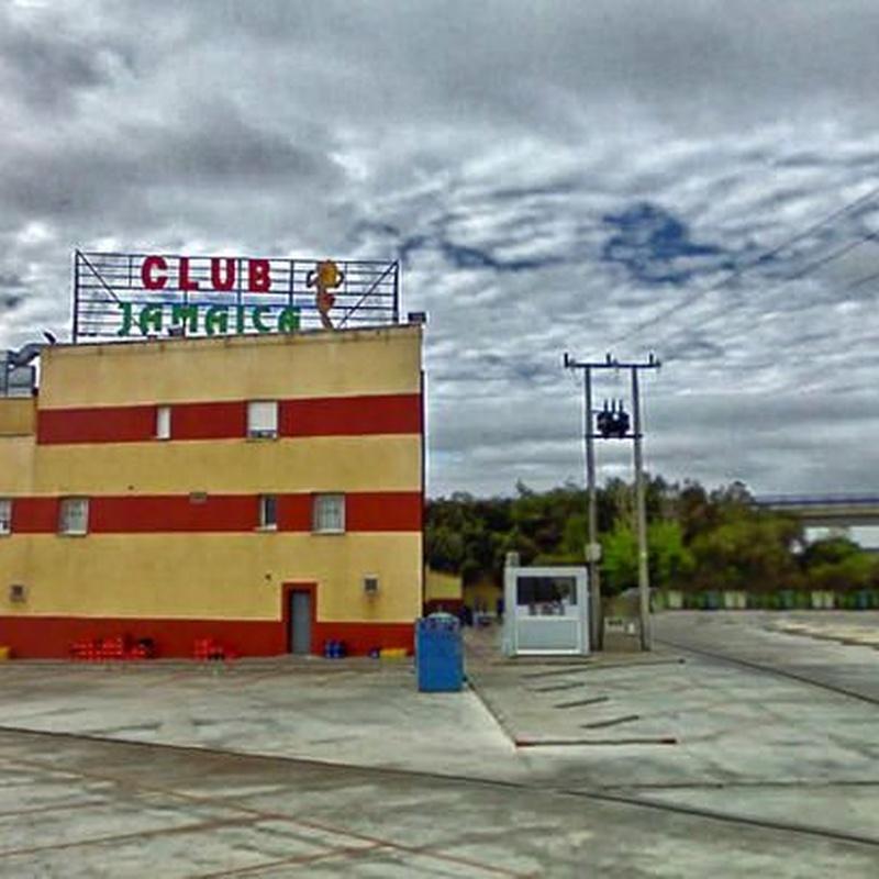 Aparcamiento: Servicios de Club Jamaica
