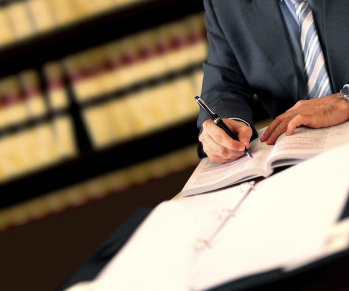 Asuntos y gestiones notariales: Servicios jurídicos de Laura Seva Gutiérrez Abogados