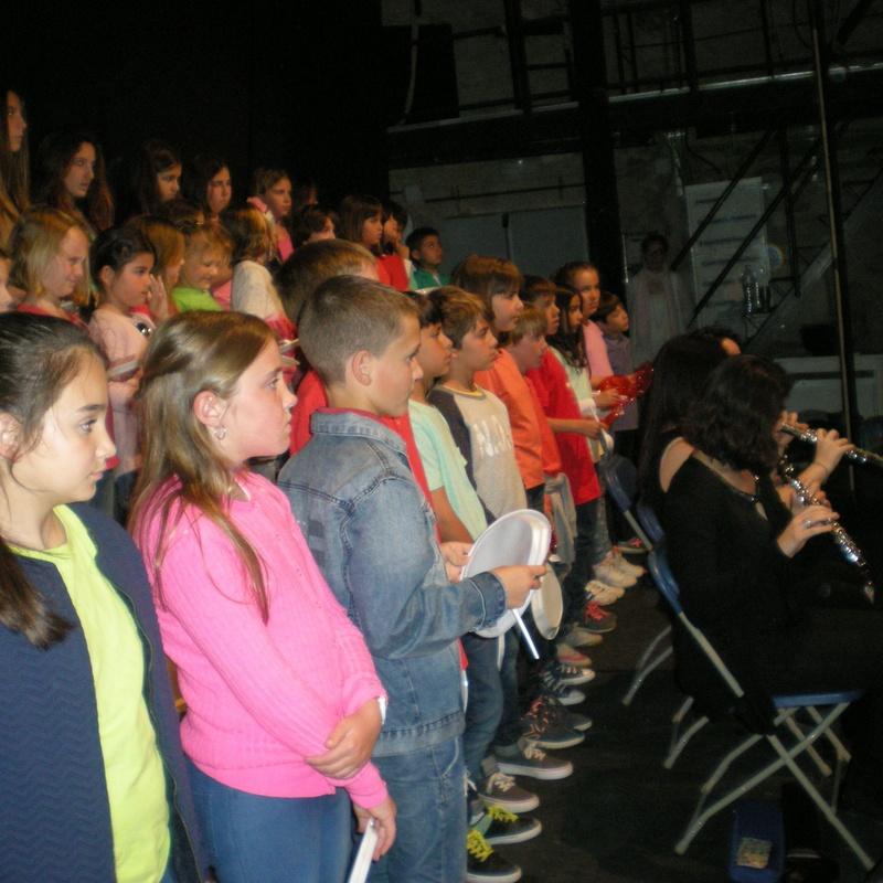 Cantata contes per telefon 2016 - cantata Contes per telèfon lletra i músic: Escuela de música i Expresión  de Can Canturri