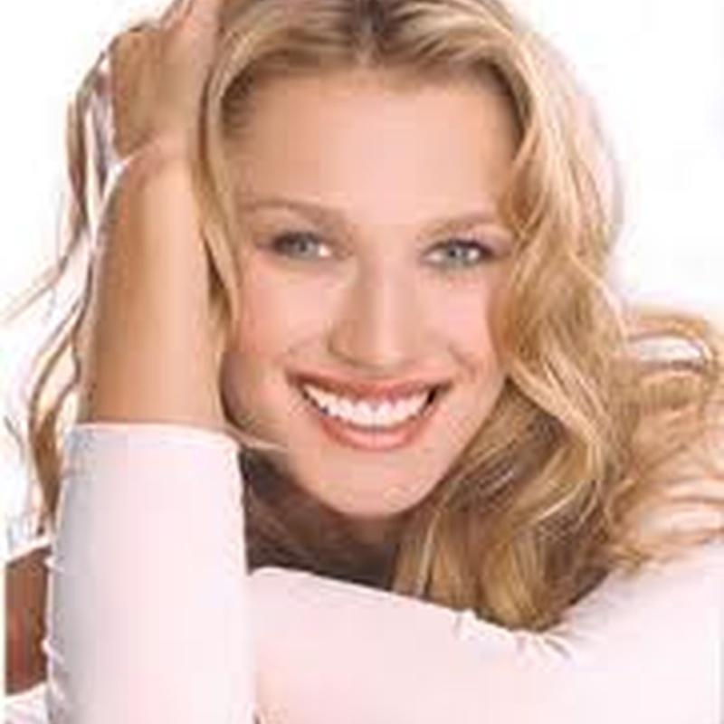 Estética-dental: Especialidades de Clínica Dental Medicalia Fuenlabrada, tus dentistas de confianza