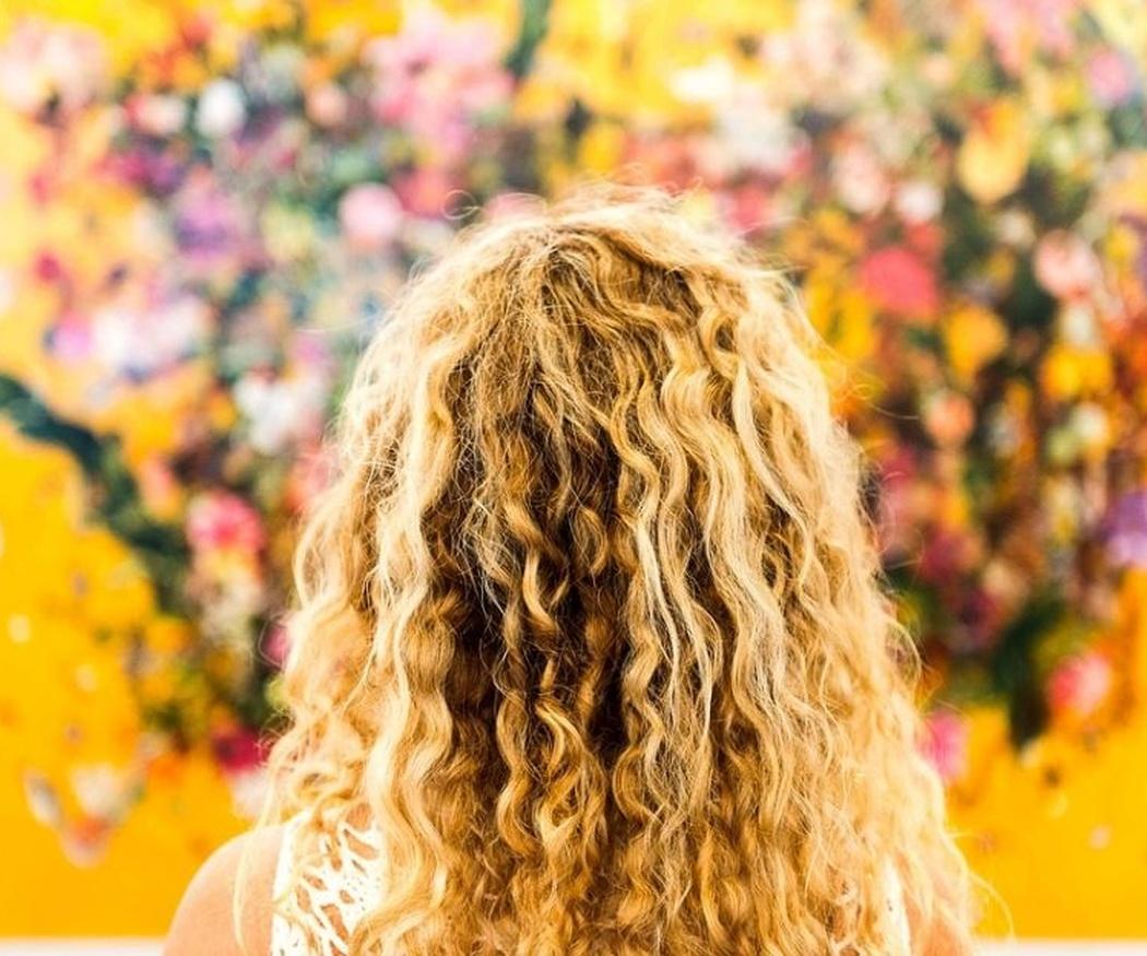 Las razones por las que se tiene el pelo rizado