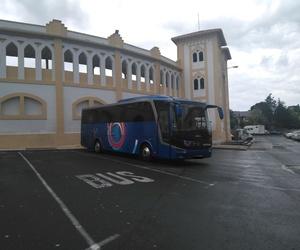 Alquiler de microbus Pamplona