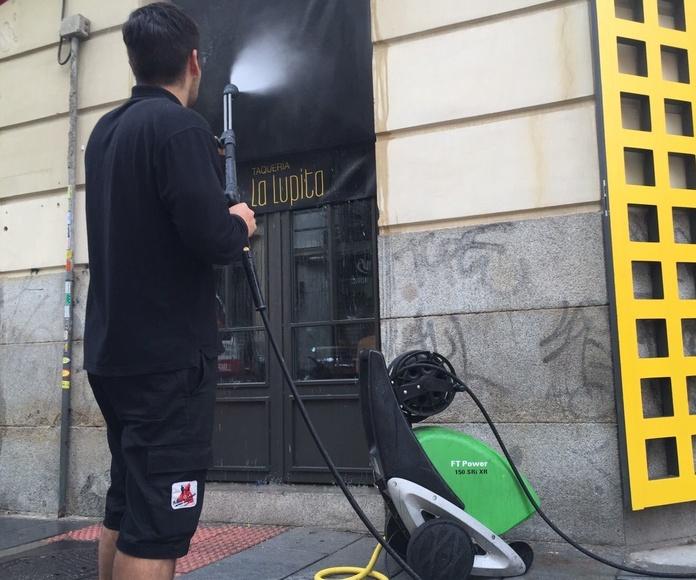 Limpieza de Toldos en Madrid: Servicios de Primera Imagen