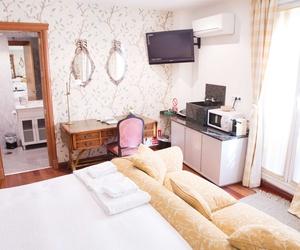 Hotel con suites y bungalows en Cuenca