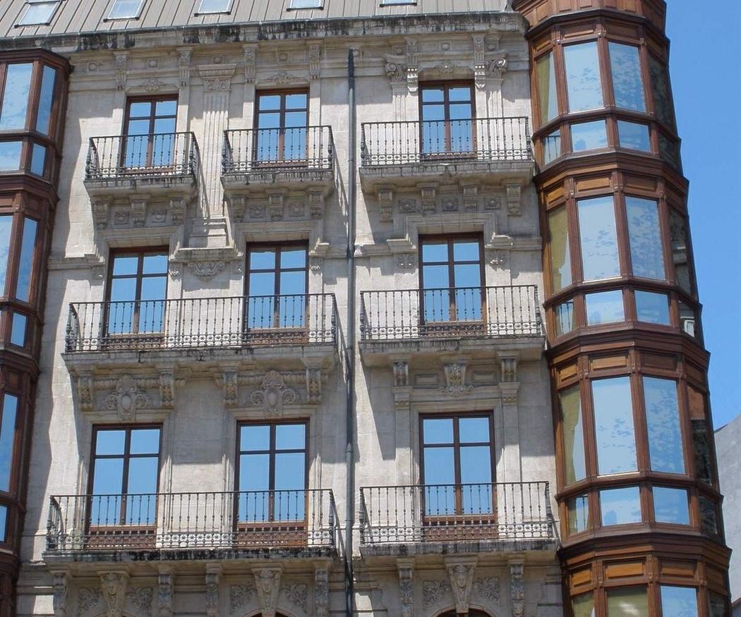 La restauración de la fachada de un edificio protegido
