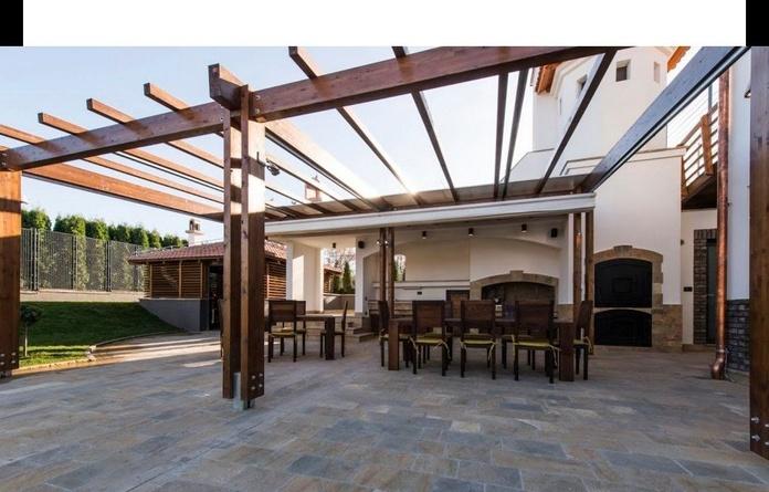 Cerramiento de terrazas para bares y restaurantes: Instalación y fabricación  de Toldos Embajadores