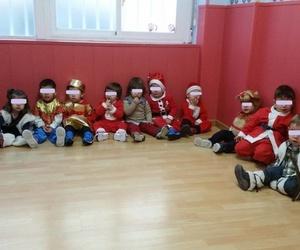 Esperando la llegada de Papá Noel en Pequesol
