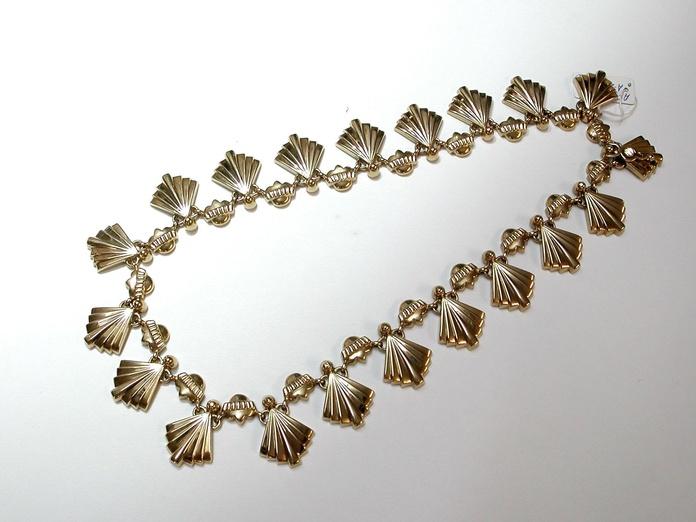 Gargantilla Art Decó en oro de 18k. Circa: 1920-1930.: Catálogo de Antigua Joyeros