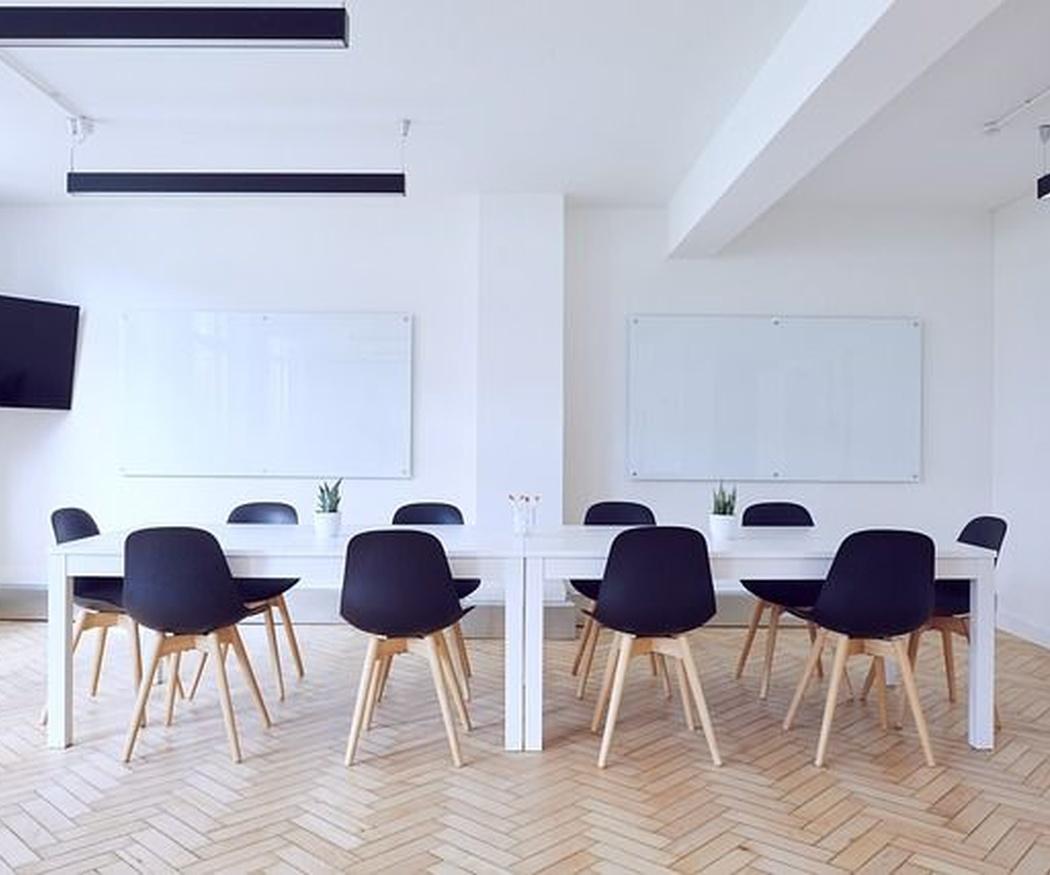 La importancia de las salas de usos múltiples en las empresas