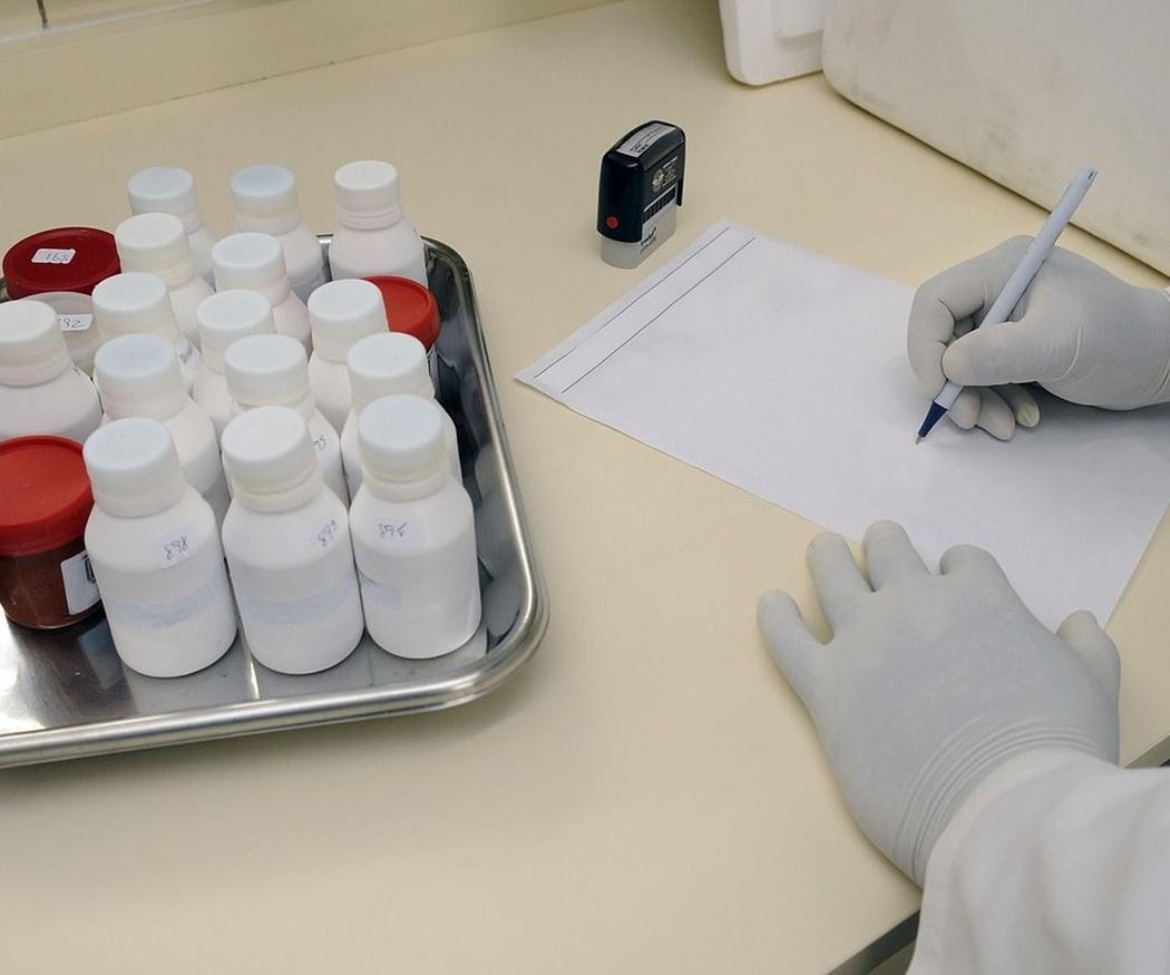 ¿Por qué es necesario realizarse un análisis clínico?