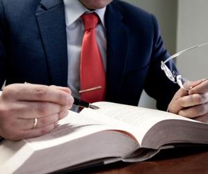 Especialistas en Derecho Administrativo