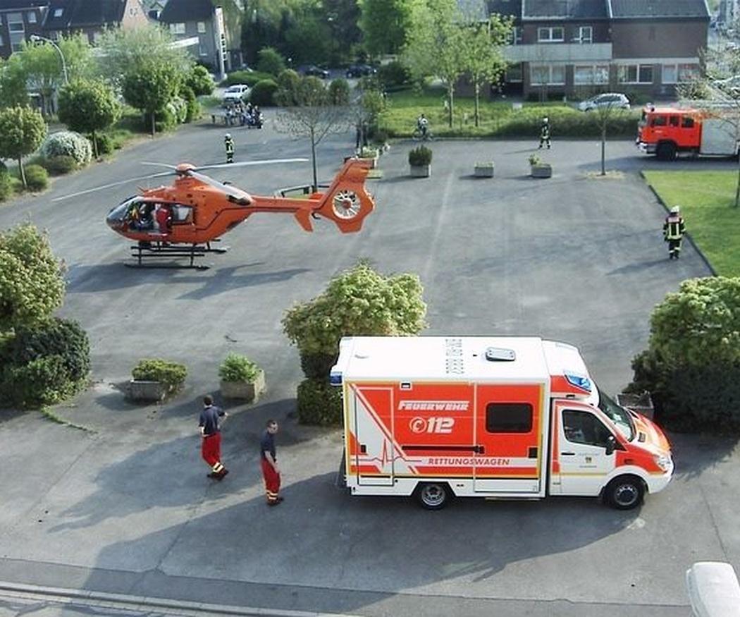 Cómo dejar pasar a una ambulancia