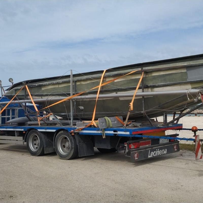 Semirremolques o remolques para transportar: Servicios de Transportes y Grúas Galván - Alquileres Galván