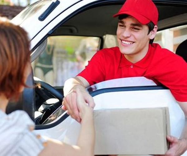 Entrega de paquetería y mensajería urgente
