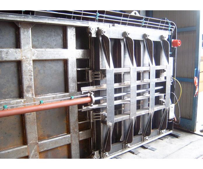 Puertas estancas: Productos y servicios  de Talleres Mecánicos Galicia