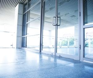 Fabricantes de puertas de aluminio