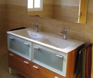 Reformas baños en Liria