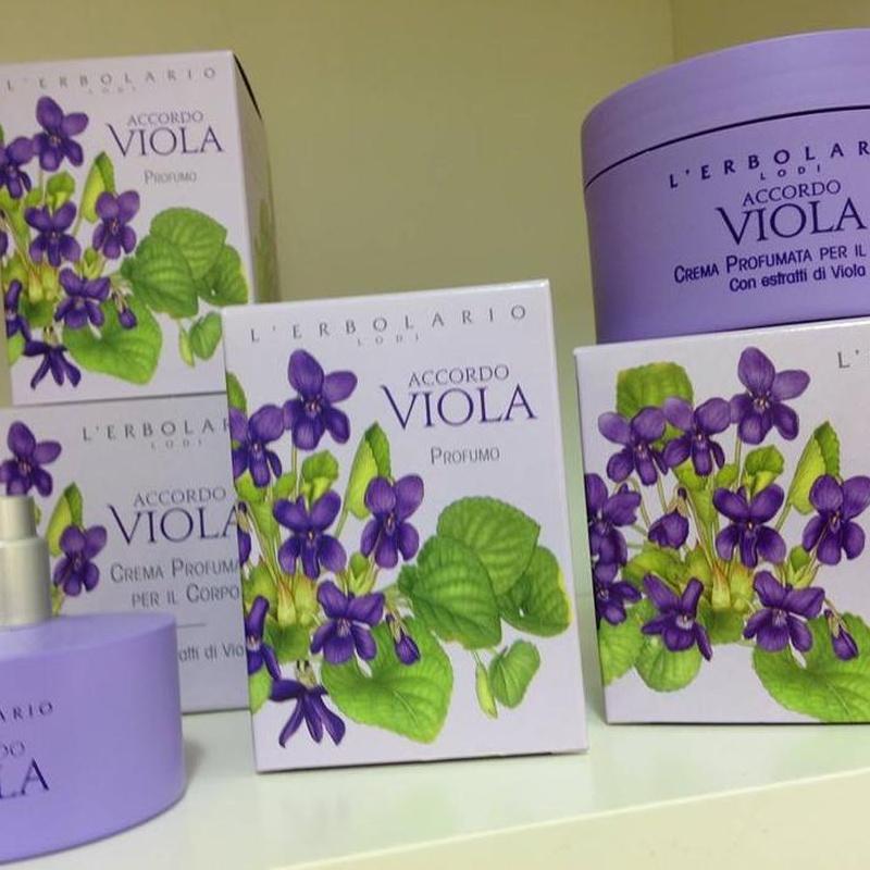 Perfumes: Productos y servicios de Herbolario Loto Dorado