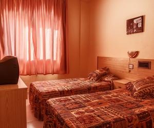 Habitación con dos camas de nuestro hotel en Teruel