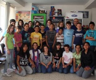 Los alumnos del colegio Na Violant visitan la clínica Sant Marc