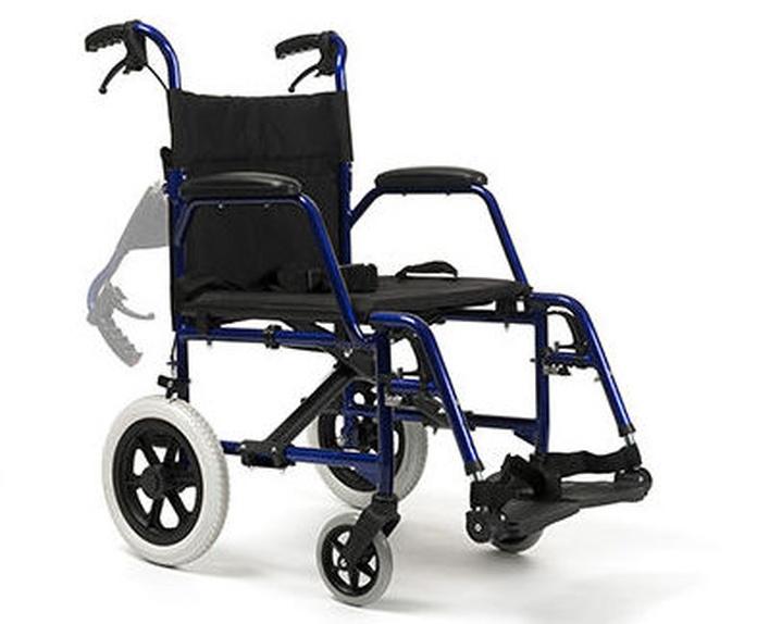 Silla de ruedas Bobby: Productos y servicios de Ortopedia Delgado, S. L.