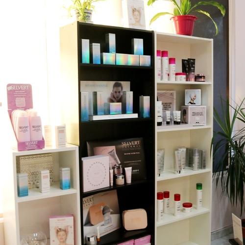 Venta de productos de belleza capilar en Ciudad Lineal (Madrid)