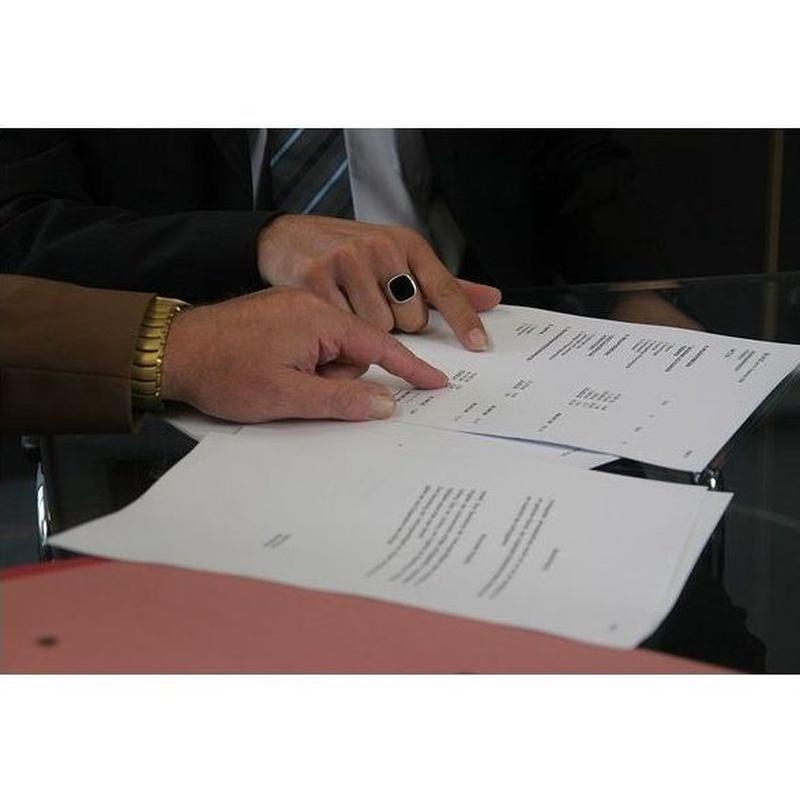Contratos y nóminas: Servicios de Ofisa Asesoría