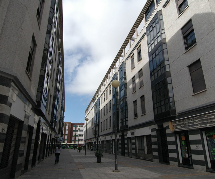 Locales comerciales: Proyectos de Construcciones Ático