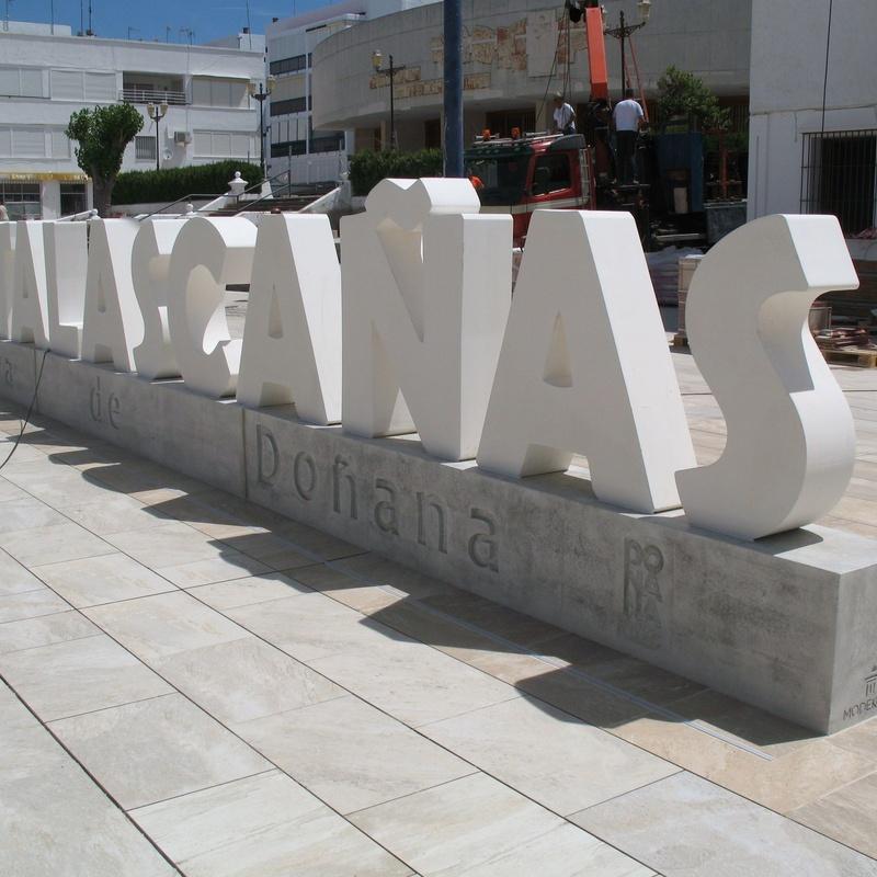 Letras corpóreas ciudades