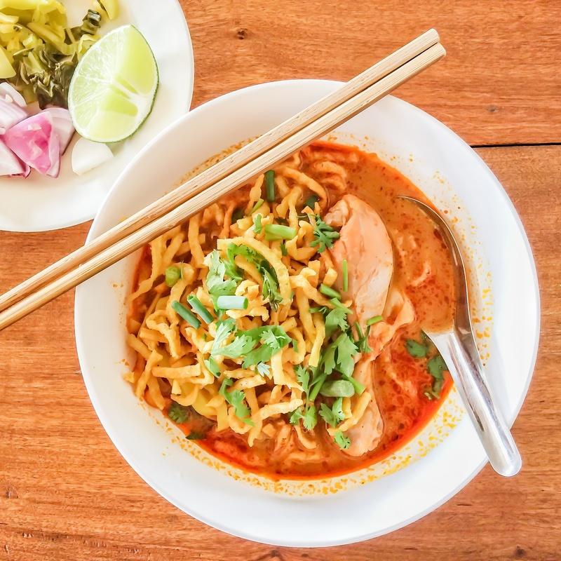 89.Fideos fritos al curry: Carta y menús de Yoshino