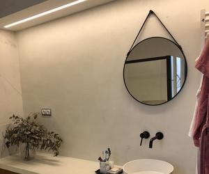 Diseño decoracion y ejecucion de baño . Aplicacion de microcemento