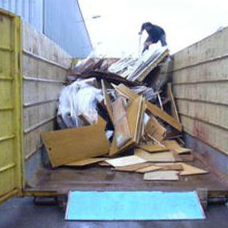 Muebles usados: Servicios y flota de Mudanzas Paco Valls