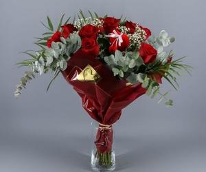 Ramo buquet 9 Rosas Rojas con eucalipto