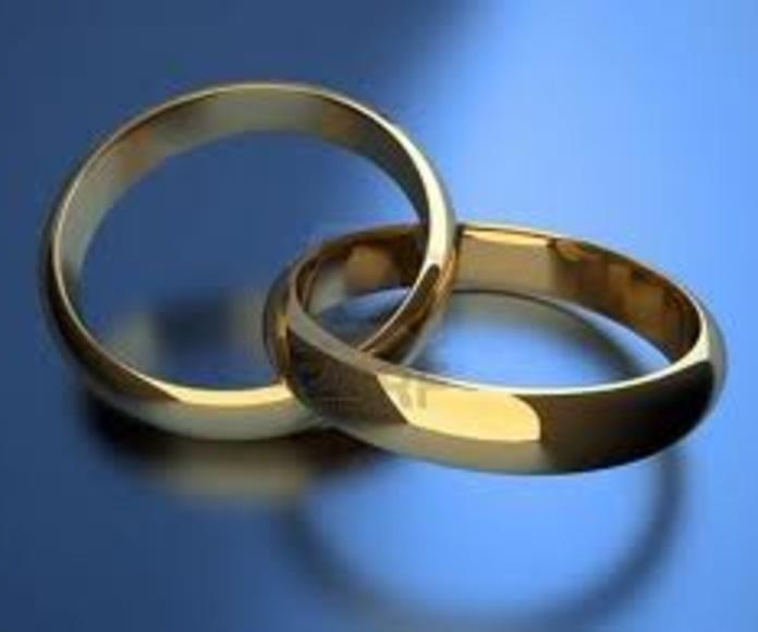 Derecho matrimonial: Servicios de Natalia Damián Carballo - Judith Esnal Izaguirre