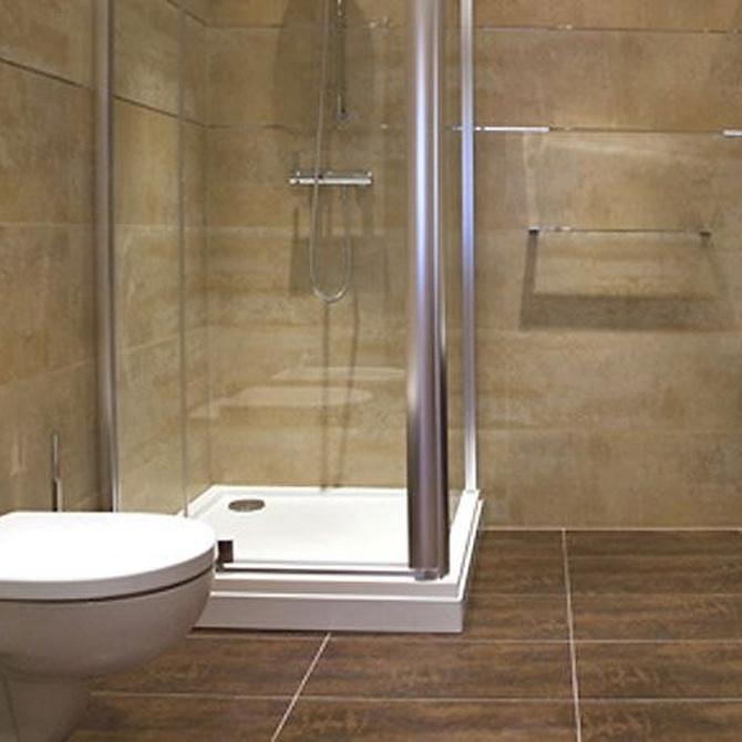 Consejos para limpiar el perfil de aluminio de una mampara de baño