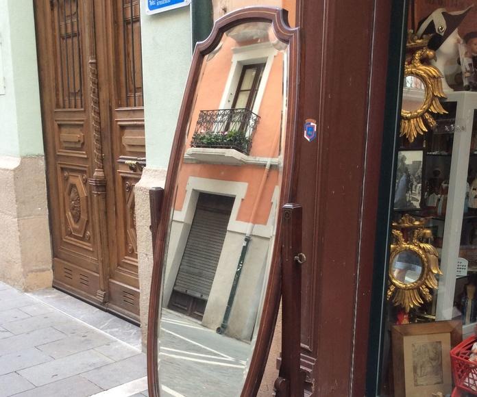 Espejo de caoba 900€