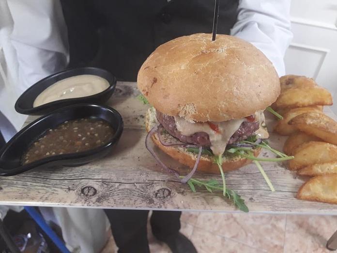 Carnes de nuestros pastos: Nuestros servicios de CASA CARREÑO CON LOS FOGONES DE DANI
