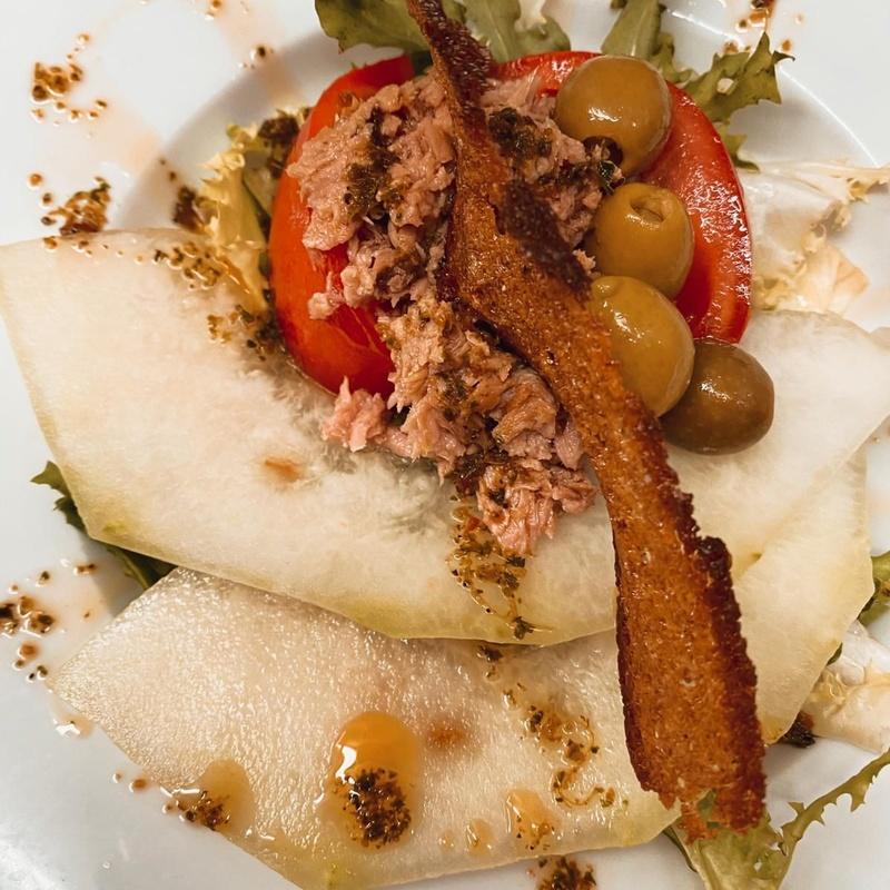 Carta, carnes, pescados, nuestros postres: Productos de Restaurante Sa Goleta