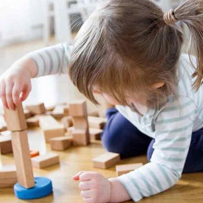 Consulta de pediatría y puericultura: Especialidades de Centro Médico del Conductor
