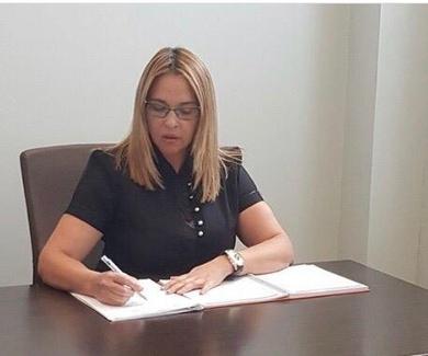 Dra Adriana E. Antesola Fuentes