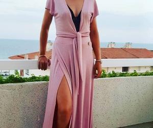 Falda rosa estilo retro
