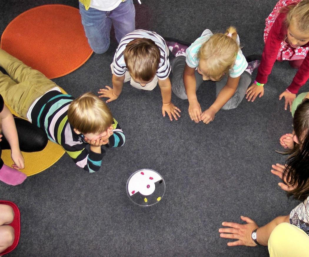 Los beneficios de llevar a los niños a una escuela infantil
