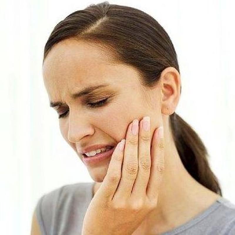 URGENCIAS ODONTOLÓGICAS: Tratamientos de Clínica Dental Ángel Artiz