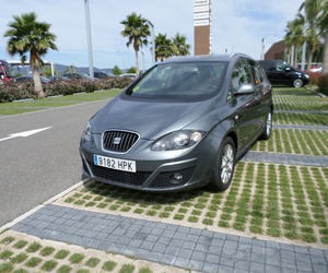 Seat Altea XL 2.0 TDI 140 CV DSG año 2013 105000 kms. 11900 €uros