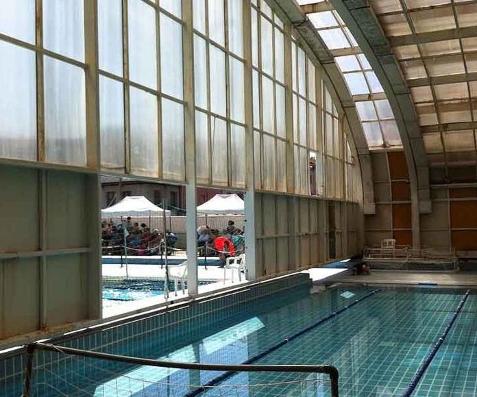Vaso pequeño piscina cubierta