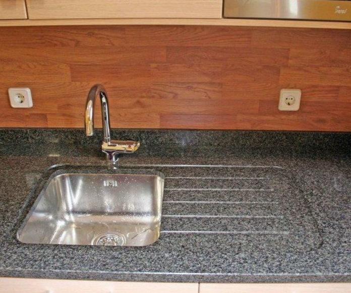 Encimeras de cocina en granito natural: Servicios de Mármoles Gaivi